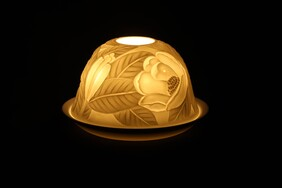 Porcelain Dome Light - Magnolia Marvel